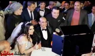 شاهد.. عمرو موسي ووزير قطاع الأعمال يشهدان علي عقد قران الإعلامي المصري محمد موسي