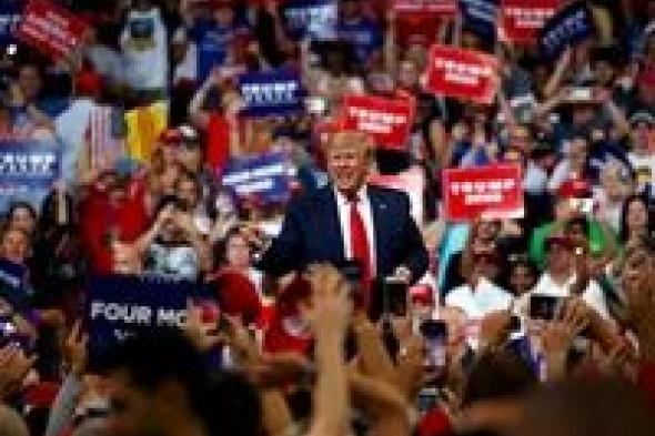 كورنا يتفشى مجدداً في صفوف حملة الرئيس الأمريكي