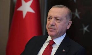 ناشط تركي محسوب على حزب  العدالة والتنمية يحذف تغريدات مثيرة للجدل