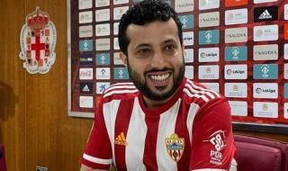 نادي ألميريا الإسبانيينفي تفاوضه مع لاعبين من الدوري المصري