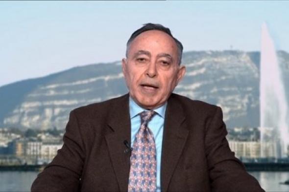 """نشطاء يلقنون الناشط الحقوقي المصري """"بهي الدين حسن"""" درساً قاسياً لمطالبته بالإفراج عن الإرهابيين"""