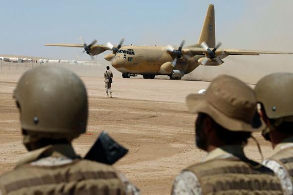قيادة قوات التحالف في مأرب توجه بطرد قائد عسكري في الشرعية وتمنعه من دخول معسكر تداوين