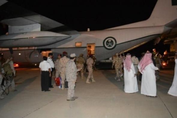 الناطق الرسمي للتحالف يصل إلى سقطرى بمعية وفد عسكري