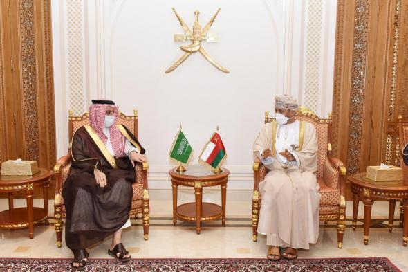 وزير الخارجية السعودي يزور مسقط لتسليم رسالة لسلطان عمان